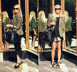 EMILIE HIGLE - Balmain Jacket, Rouge Et Noir Shredded Tee, Maje Shorts, Jeffrey Campbell Heels, Mango Sunglasses, Céline Bag - PARIS FASHION WEEK OUTFIT