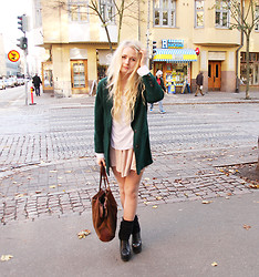 Maria Riivari - Jeffrey Campbell Shoes, Estate Jacket, Mulberry Bag - Looking for a pot of gold