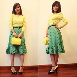 Zen Huo - Vintag Yellow Top, Polka Dót Skirt - Dots vs blockcolor - still vintage