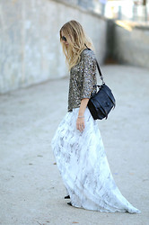 Chiara Ferragni - Proenza Schouler Bag, Christian Louboutin Shoes - Long skirt for Paris fashionweek