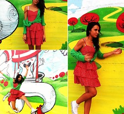 CLAUDIA G. - H&M Minnie Vest, Playlife Cardigan, Converse Frida Collection Limited Edition - I'll try anything once