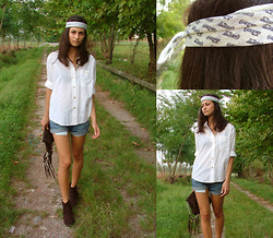 Vally T. (The Girlish Attitude) - All The Details On My Blog! - Coca Cola headband + Fringes = Hippie style!