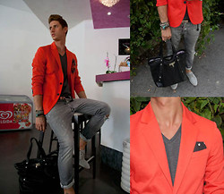 Alessio PlusG - Dsquared2 Bag, Zara Jacket, Dsquared2 Belt - Red Passion