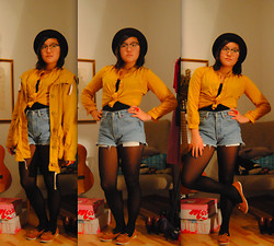 Maria B - Yellow Blouse, Levi's® Levis Cutoffs - Some boys are singing the blues
