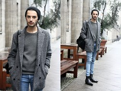 Dustin H. - Cheap Monday Coat, Cheap Monday Jeans, Chloé Boots, Zara Backpack, Cos Beanie, H&M Sweater - Grey