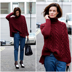 Hedvig ... - Zara Knit, Cos Jeans, Céline Bag, Céline Shoes - Loose fit