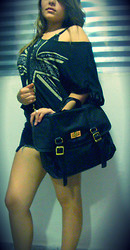 Adriele Santana - Marisa Bag, Marisa Shirt England, Marisa Short Rocki'n - This is what I wanna be