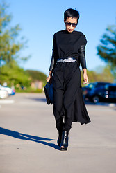 Nini Nguyen - Frontrowshop Super Sunnies, Humanity Jeans, Nini Black Wool Top With Leather Sleeves, Vintage Clutch, Giambattista Valli Belt, Alexander Mcqueen Booties - Home sweet home