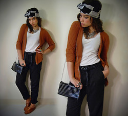 Sophia Mayrhofer - Forever 21 Studded Bag, Fleamarket Cashmere Cardigan, Pimkie Harem Pants, Vintage Leather Brogues, Opitz Outlet Silk Headscarf, Thrifted White Tee - Dreams we aim to forget