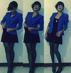 Zabdiela Zafir - Ray Ban Glasses Black, Zara Blue Jacket, Clock In Ring, Leandro Bustos Black Dress, Necklace England - So I get dressed to go to church