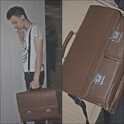 Damien Levin - Cheap Monday Shirt, Secondhand Vintage Schoolbag - Ready to School.