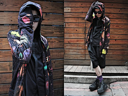 Nick Lai - Kokon To Zai Galaxy Printed Hoodie, Izzue Black Shirts, Comme Des Garçons Drop Crotch Pants, Converse Shoes - 171011/ Escape from this world