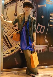AGenT PaLm - Bcbg Chain Bracelet, Bcbg Jelly Sandals, Volcom Bowler Hat, Bcbg Egyptian Inspired Necklace, Forever 21 Faux Leather Jacket, Bcbg Tunic, Gucci Vintage Web Boston Bag, Kuala Lumpur, Malaysia Wide Leg Trousers - CPH