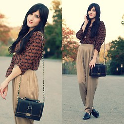 Bonnie Barton - Vintage Top, Vintage Pants, Bag - Golden