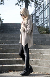 Pavlina J. - H&M Faux Fur Scarf, Zara Oversized Sweater, Topshop Leather Leggings, Jeffrey Campbell Wedges - Faux fur scarf