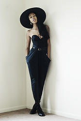 Crystal Wood - Savers Black Bustier, Decadence Grey Draped Pants, Bongo Black Booties, Salvation Army Black Sun Hat - California Ash