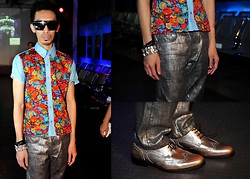 Ushi Sato - Thakoon Blouse, Dior Homme Jeans, Harrys Of London Brogues - FloRaLs & MeTaLlics