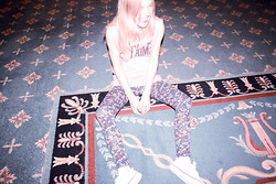 Cocorosa . - Floral Leggings, Wildfox Couture Je T'aime Tee - Ponies