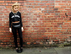 Helen Timlin - The Orphan's Arms, Topshop Creepers - WOE BEGONE