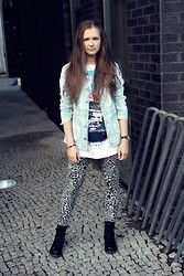 Jelizaveta Z - Duffy Dr. Marten Look A Likes, Terranova Leopard Leggings, House Men T Shirt, Rocky Denim Jacket - Dance like a firebird