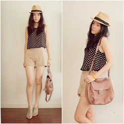 Kapongpeang K. - Vintage Polka Dot Top, Cream Short, Basic Hat, Gray Heel, Bag - Hot day !