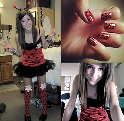 Drew . - Fanny Wrappers Ladybug Dress, Fanny Wrappers Ladybug Socks, Toms Sparkly Black - And hey there lovely ladybug.