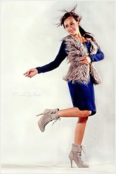 Linsey Y. - Promod Faux Fur Vest, Promod Blue Long Sleeves Dress, Atmosphere Skate Boots - Nordic
