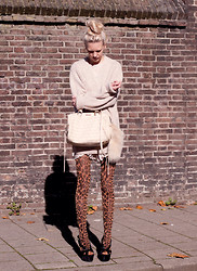 Cocorosa . - Rebecca Minkoff Woven Flame Bag, H&M Cardigan, H&M Tights, Jeffrey Campbell Shoesss - Leo
