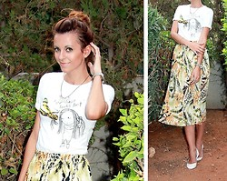"Victoria Y - Zara ""Ur Hair Looks Tasty"" Old T Shirt, Vintage Floral Midi Skirt, Dune Off White Ballerinas - UR HAIR LOOKS TASTY"