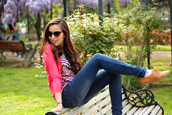 Carmen Cabezas - Americanino Oxford Shoes, Ethnic Tee, Hot Pink Cardigan, Americanino Skinny Jeans - Spring Spirit