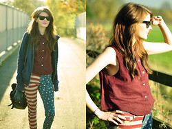 Jennifer Kiln - American Apparel Sleeveless Shirt, Topshop Jeans, Ray Ban Sunglasses - Here it comes