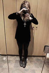 Ulrica Vilen-Letts - M&S Velvet Jacket, ? Cross Necklace, Converse Leather - Cba with a nice pic