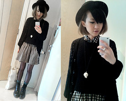 Jeanette T - Chapel Skull Necklance, Uniqlo Sweater, H&M Checked Dress, Polo Socks, Dm - 20111101