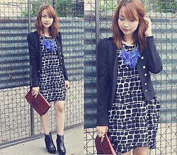Bestie K - Blanc Et Noir Dress, Blazer, Feather Necklace, Clutch, Boots - With the wink of an eye you make it alright