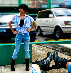 Ivana Villanueva - Bonnet Baguio City, Polo Plaid, Black Tube, Tattered Pants, Combat Boots With Heels - Do the Blue!