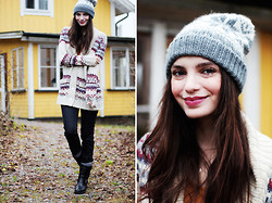 Annika M. - Knitted Hat, Indiska Knitted Cardigan, Dr. Denim Dark Blue Jeans, Monki Mustard T Shirt, Scorett Biker Boots - Not like any other love.