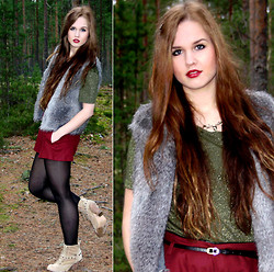 Essi S - Zara Faux Fur Vest, Thrift Store Shirt, River Island Shorts, New Look Boots, Primark Reindeer Necklace - Worn by the war in me