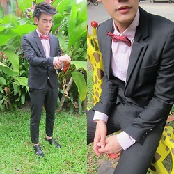 Jira Danbawornkiat - Izzue Black Suit, Central World Thailand Red Bow Tie With Yellow Dots, Topman Pink Shirt, Topman Skinny Trousers - At my brother's wedding.