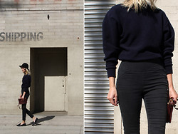Marie Hindkær Wolthers - American Apparel Sweater, Céline Bag, Whyred Pants - Going nowhere
