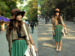 Julienne Raboca - H&M Brown Hat, Sham Shui Po Rough Wrap, Crocs Platform Wedges - Didn't know what to wish for