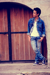 Aaron Joseph Ravina - Vans Shoes, U2 Jeans - Good Old Days