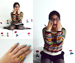 Jenny Z.Qiaopo - Spectacles, Sweater, Black Puffy Shorts, Ribbon Ring, H&M Grey Leggings - Is Christmas Here Yet?