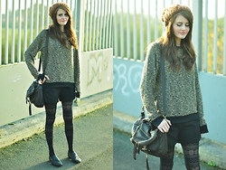 Jennifer Kiln - Topshop Jumper, M+S Tights - Get to the point