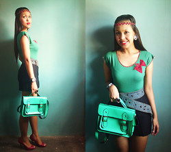 Francia Lailanie Boayes - Peaches On Top Cambridge Satchel, Forever 21 Top, Forever 21 Denim Belt, Forever 21 Black Skirt - 2nd Photoshoot wit My Satchel Bag (more satchels puhleeezz!)