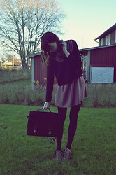 Alice T - Urban Outfitters Dress, Second Hand Bag - THE BEST LOOKING BOYS ARE TAKEN
