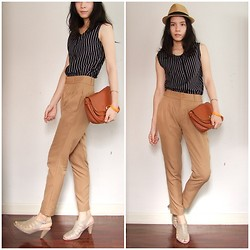 Kapongpeang K. - Vintage Stripes Top, Brown Pant, Favorite Heel, Vintage Bag - My favorite tone !
