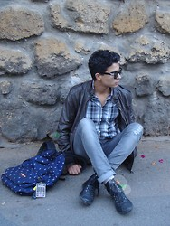 Marwan Woochi - Eastpak, Black Distressed Viparo, Zara, Pull & Bear And, Zara - Just A Weird Boy