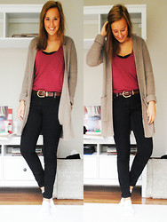 Sofia Lindell - H&M Cardigan, Mulberry Belt - The sun will always shine again