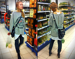 Edie Clothierin - Sass&Bide Jeans, Moschino Bag, Minimarket Boots, Love Top, Velvet Tank - ★Clothierin★ Grocery shopping on the run