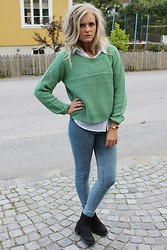 Isabella T - Only Knitted, H&M Shirt, Only Jeans, Skopunkten Shoes, Glitter Gold Watch - COME ON